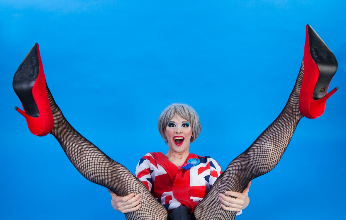 drag_queen_theresa_may_Fagulous_london_cabaret